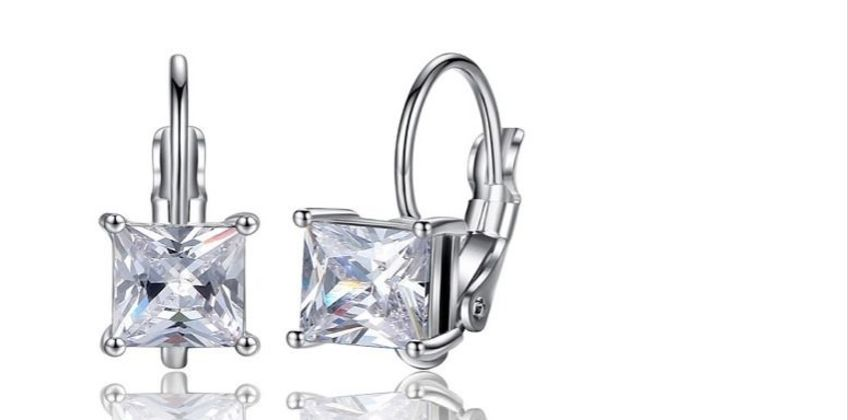 £9.99 instead of £39 for Square Cubic Zirconia Earrings from Genova International Ltd - save 74% from Wowcher
