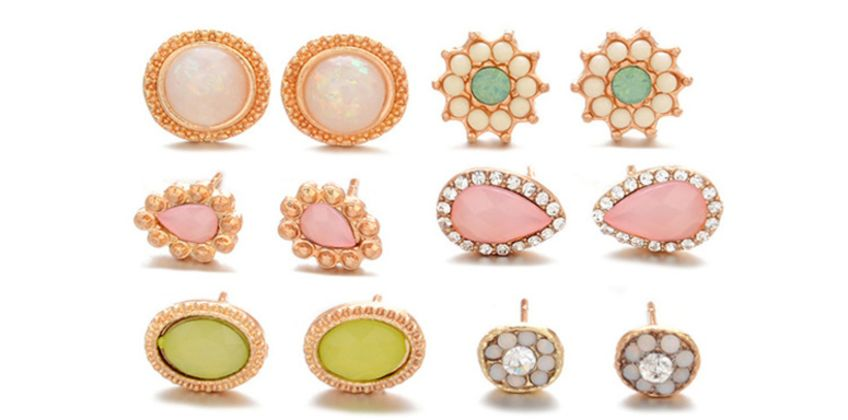 £6 (from KwikShoppy) for a set of six pairs of stud earrings! from Wowcher