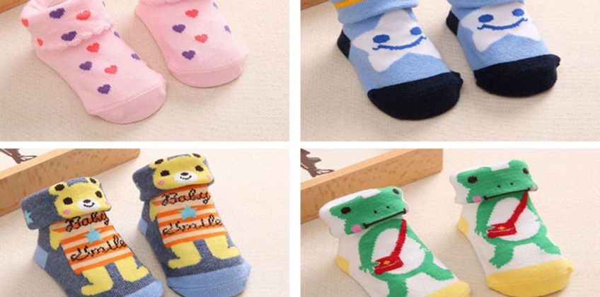 From £2 for Newborn Baby Non Slip Socks from Hey4Beauty - save up to 90% from Wowcher