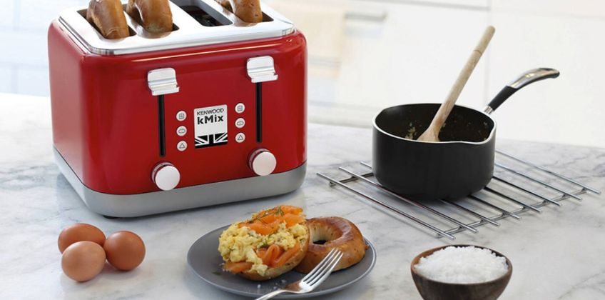 £49.99 instead of £119.99 (from Personal Choice) for a four-slice toaster - save 58% from Wowcher