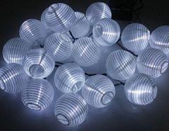 60 LED Lampions Laterne Außenlichterkette Solarbetrieben Wasserdicht Beleuchtung Dekoration für Outdoor Party Garten Terrasse Hof Weihnachten Fest Hochzeit Weiß
