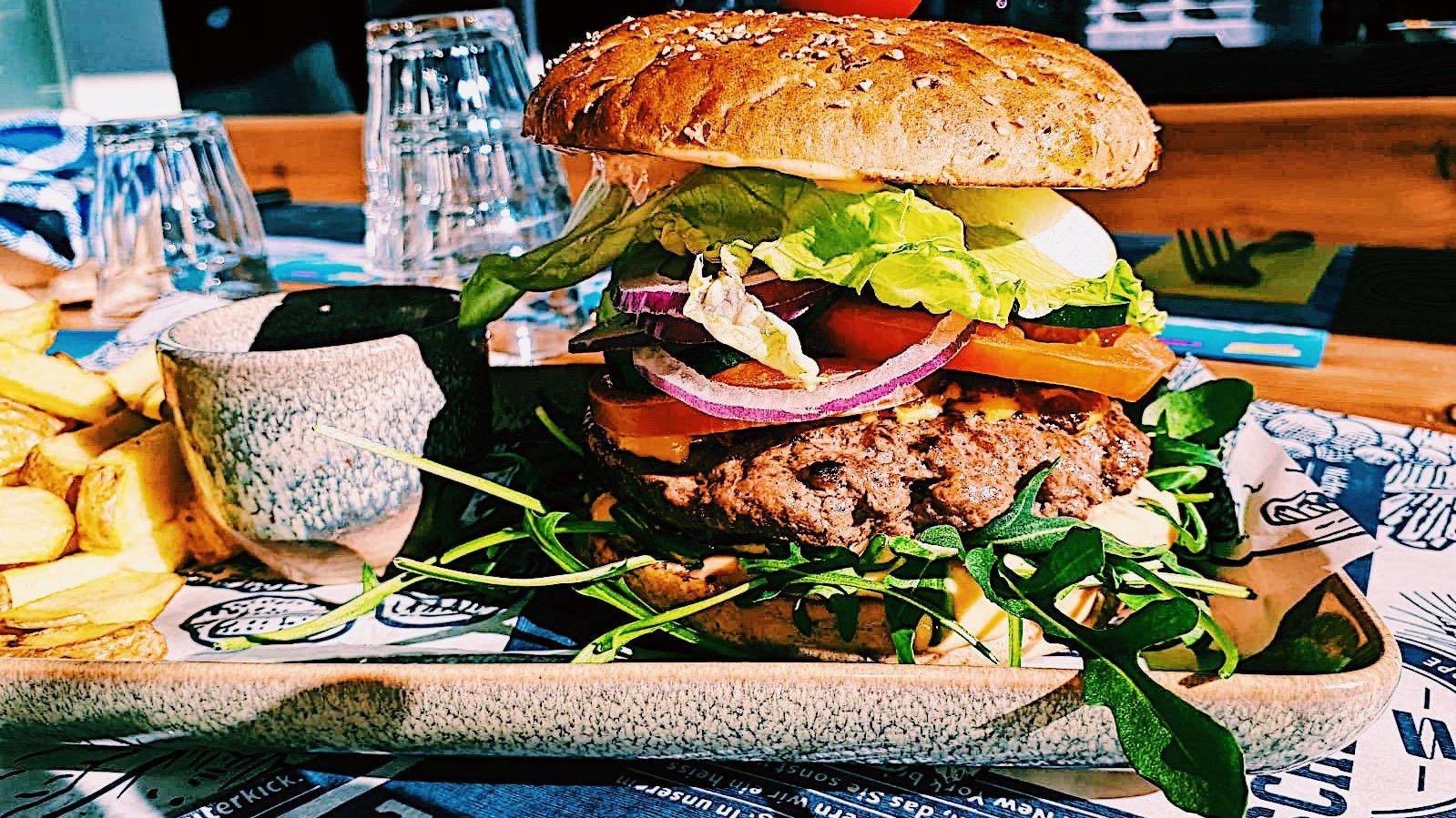"""""""Jungfrau"""" Burger"""