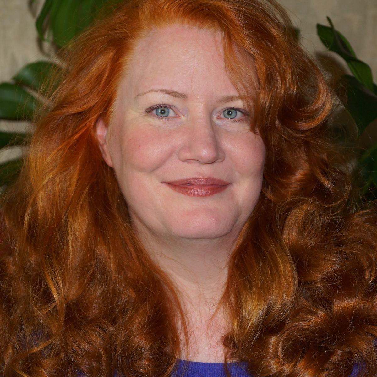 Lynette Hollingshead
