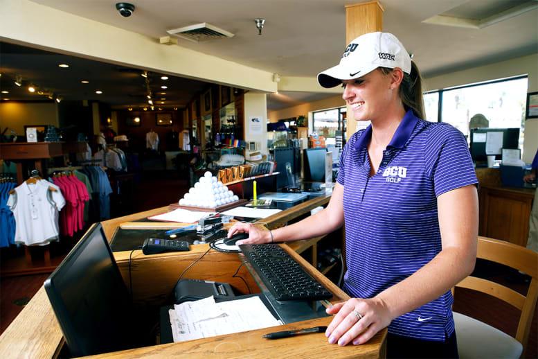 GCU golf employee