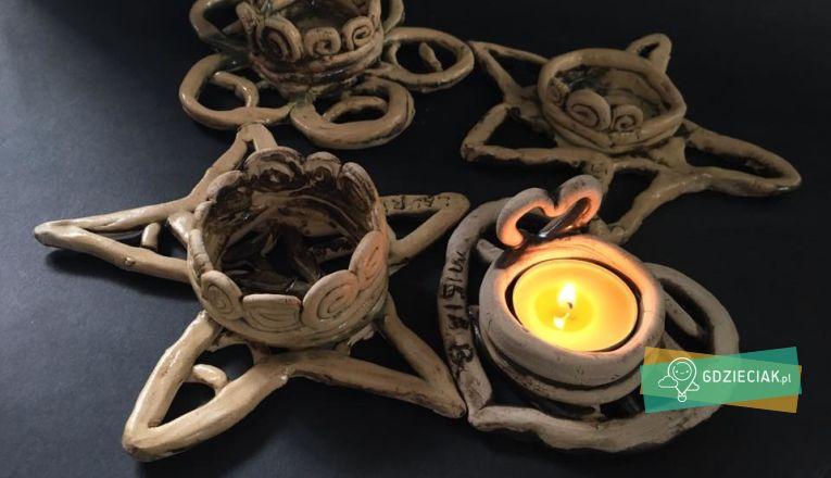 Świąteczne świeczniki z gliny - atrakcje dla dzieci w Szczecinie