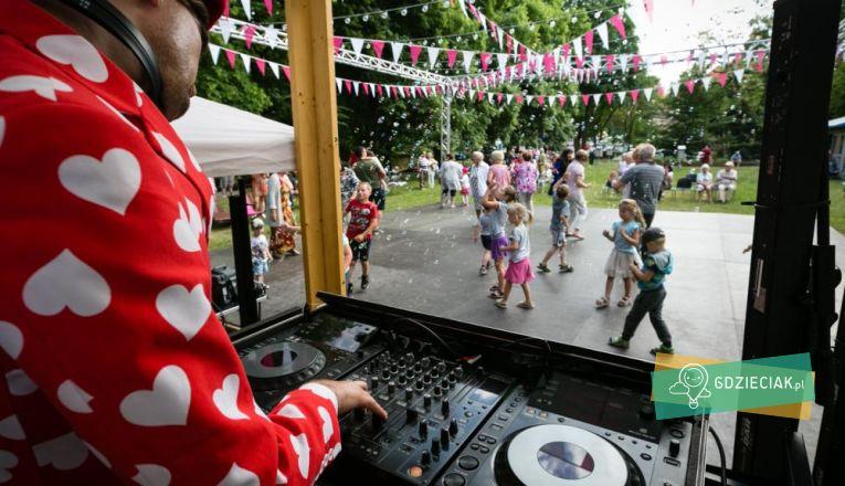 Różany Ogród Sztuki 2019 w czerwcu - atrakcje dla dzieci w Szczecinie