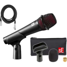 V3 Dynamic Microphone with Clip and Bag Bundle