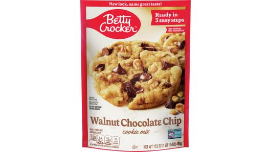 Betty Crocker™ Walnut Chocolate Chip Cookie Mix - Front