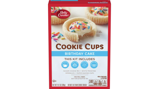 Betty Crocker Cookie Cups - Birthday Cake - Front