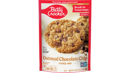 Betty Crocker™ Oatmeal Chocolate Chip Cookie Mix - Front