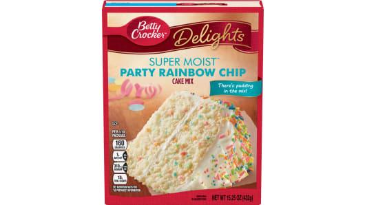 Betty Crocker™ Super Moist™ Delights Rainbow Chip Cake Mix - Front