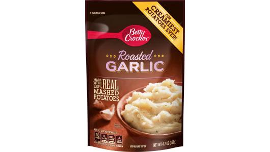 Betty Crocker Roasted Garlic Mashed Potatoes - Front