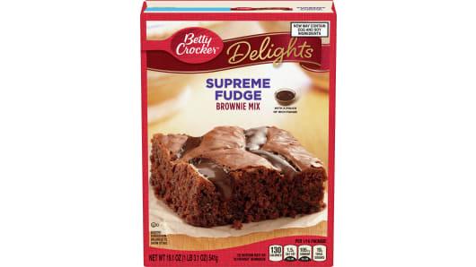 Betty Crocker™ Supreme Fudge Brownie Mix - Front