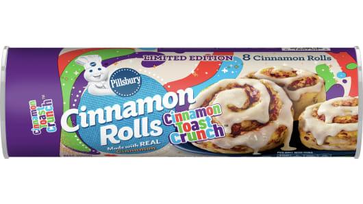 Pillsbury™ Cinnamon Toast Crunch Cinnamon Rolls 8 Count - Front