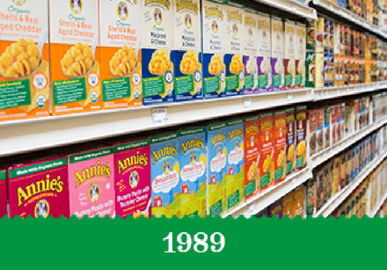 Year 1989 - Store shelves lined with Annie's mac and cheese boxes.