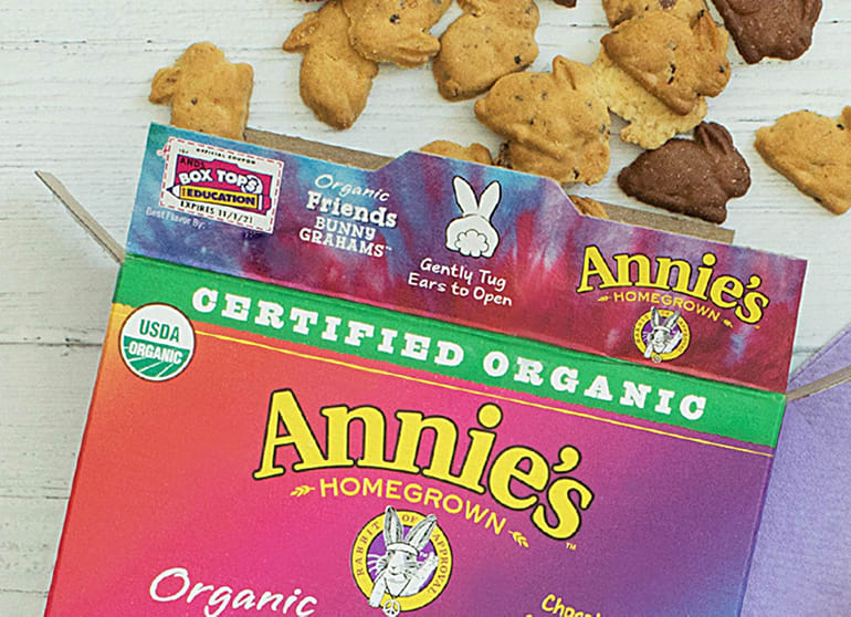 "A box of Annie's Bunny Grahams that proudly reads ""Certified Organic"""
