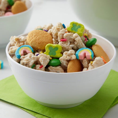 Lucky Charms™ Leprechaun Gold Snack Mix
