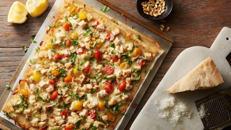 Pizza au pesto et au poulet