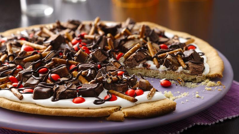 Biscuit-pizza aux bonbons d'Halloween