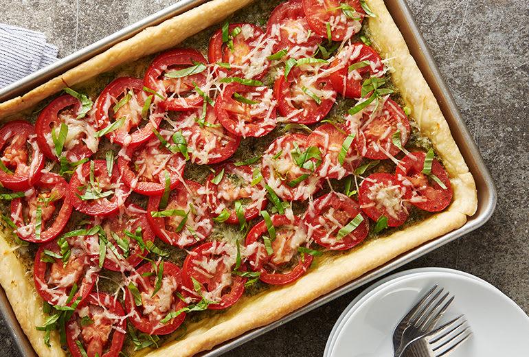 image of slap tomato pie