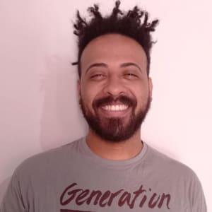 Iran Paulo headshot