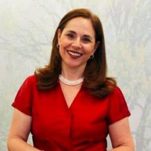 Sofia Esteves headshot