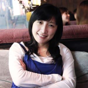 Claire Chan headshot