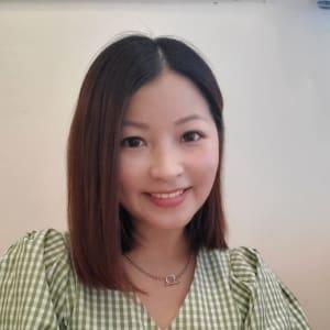 Tracy Lau headshot