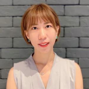 Crystal Lau headshot