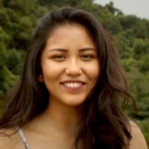 Gwen  Belmonte headshot