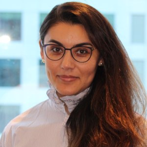Guli Ruzmetova headshot