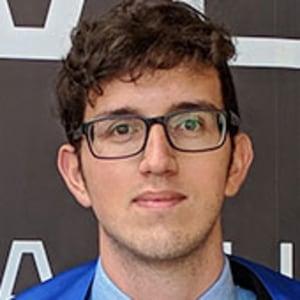 Alfredo Campos headshot