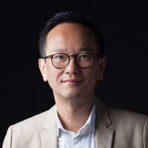 Minh-Huy Lai headshot