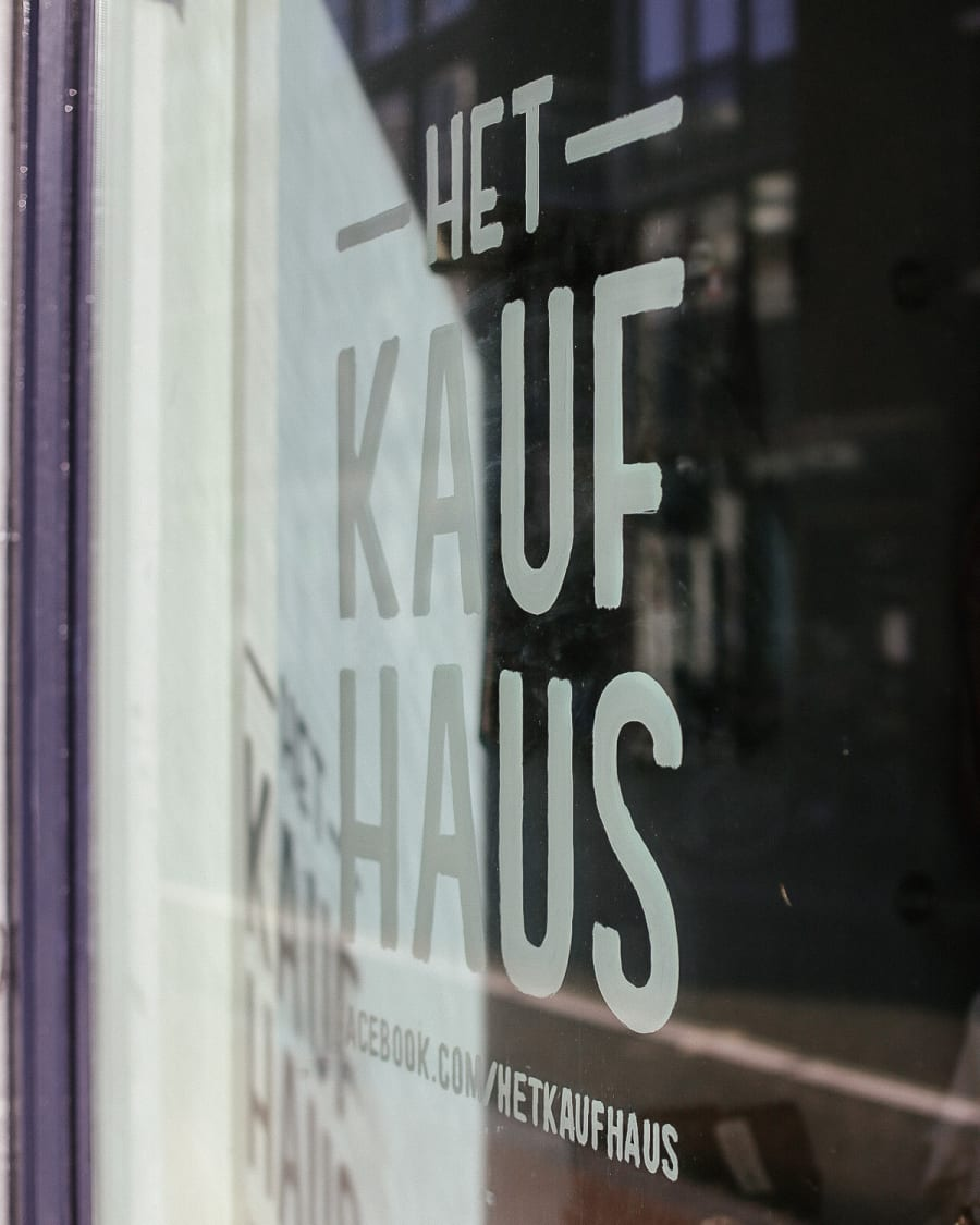 Het Kauf Haus shop window in Amsterdam