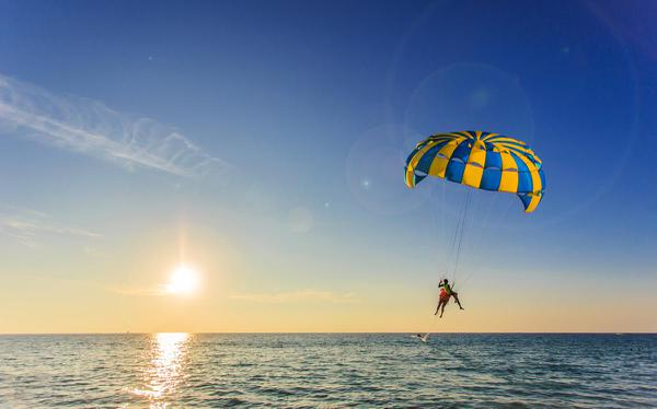 parasailing-Andaman and Nicobar Islands