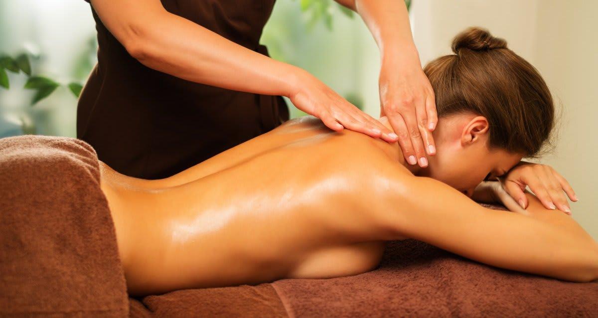 Девушка попросила личного массажиста размять ей анус смотреть онлайн #9