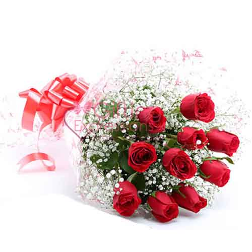 Send Imported Red Roses To Pakistan