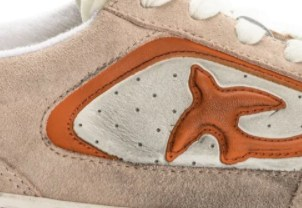 Flat leather sneakers