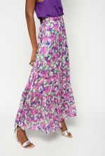Falda larga de flores