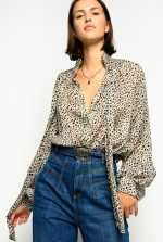 Supple blouse in micro leopard-print fil coupé