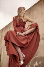 金属丝单肩长款连衣裙