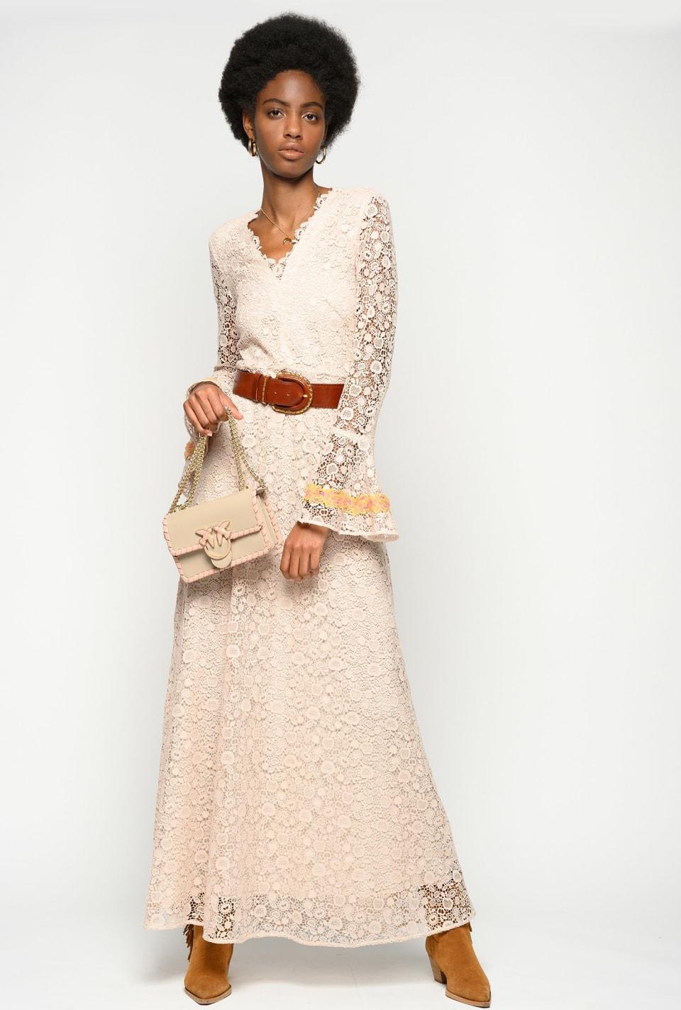 Vestido largo de macramé