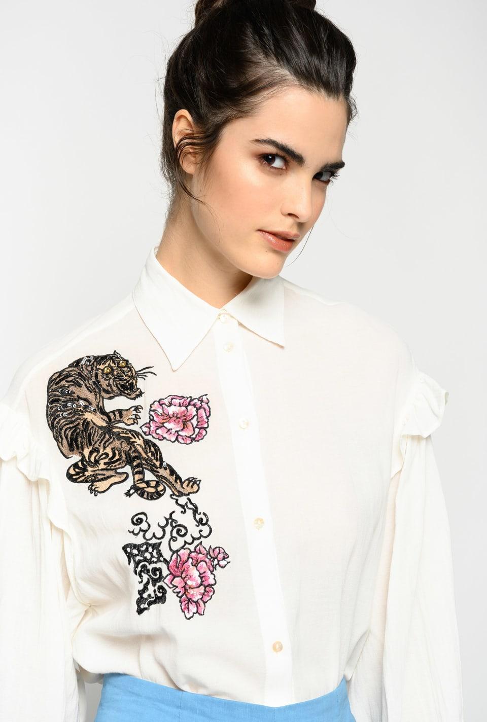 Camicia con tigre e fiori