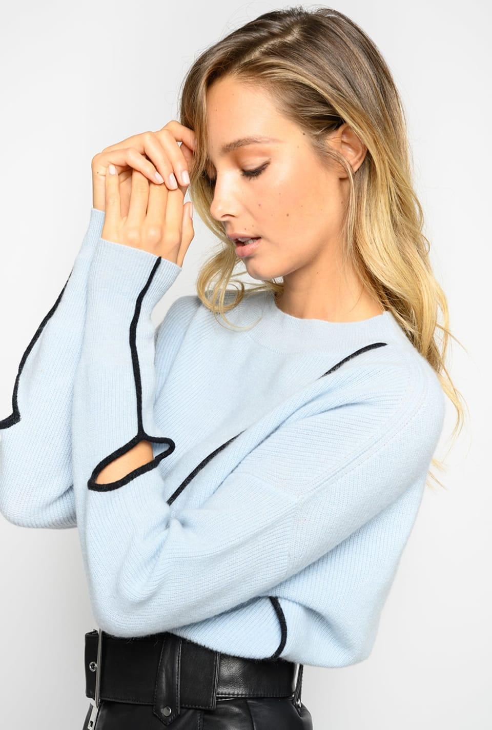 Asymmetrical pullover