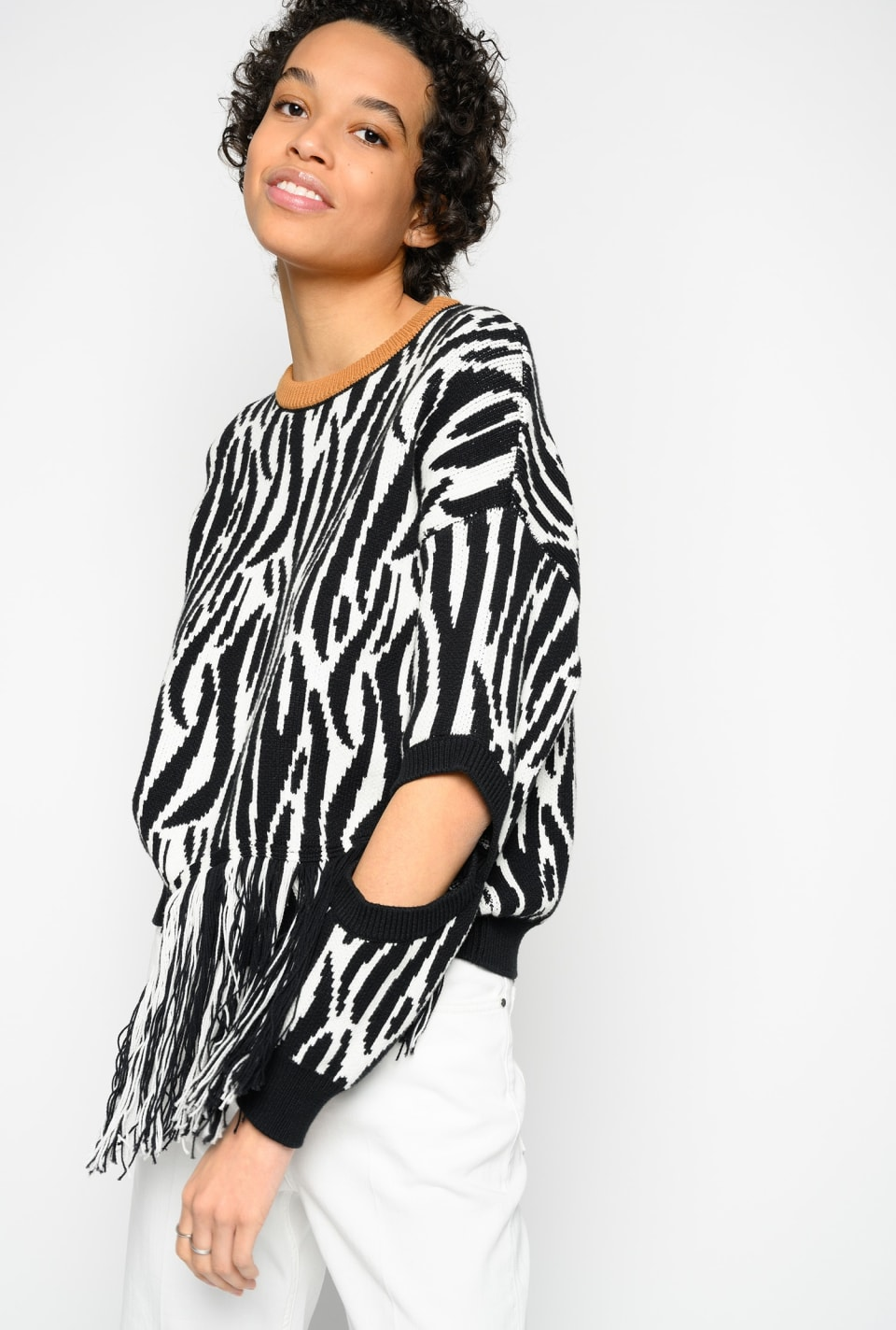 Zebra pattern pullover with fringe