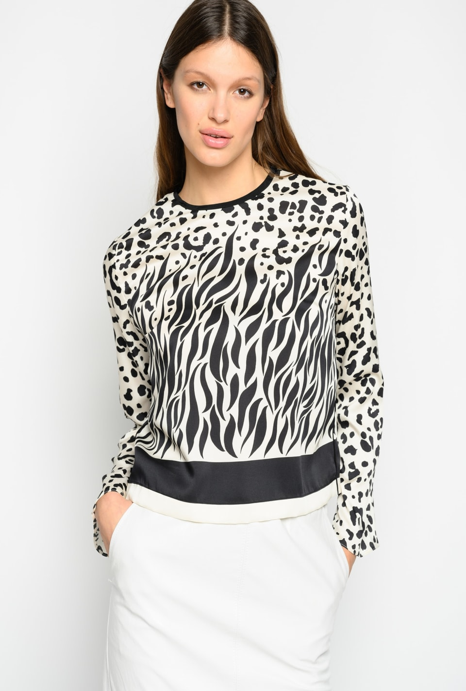 Blouse with mixed faded animal pattern