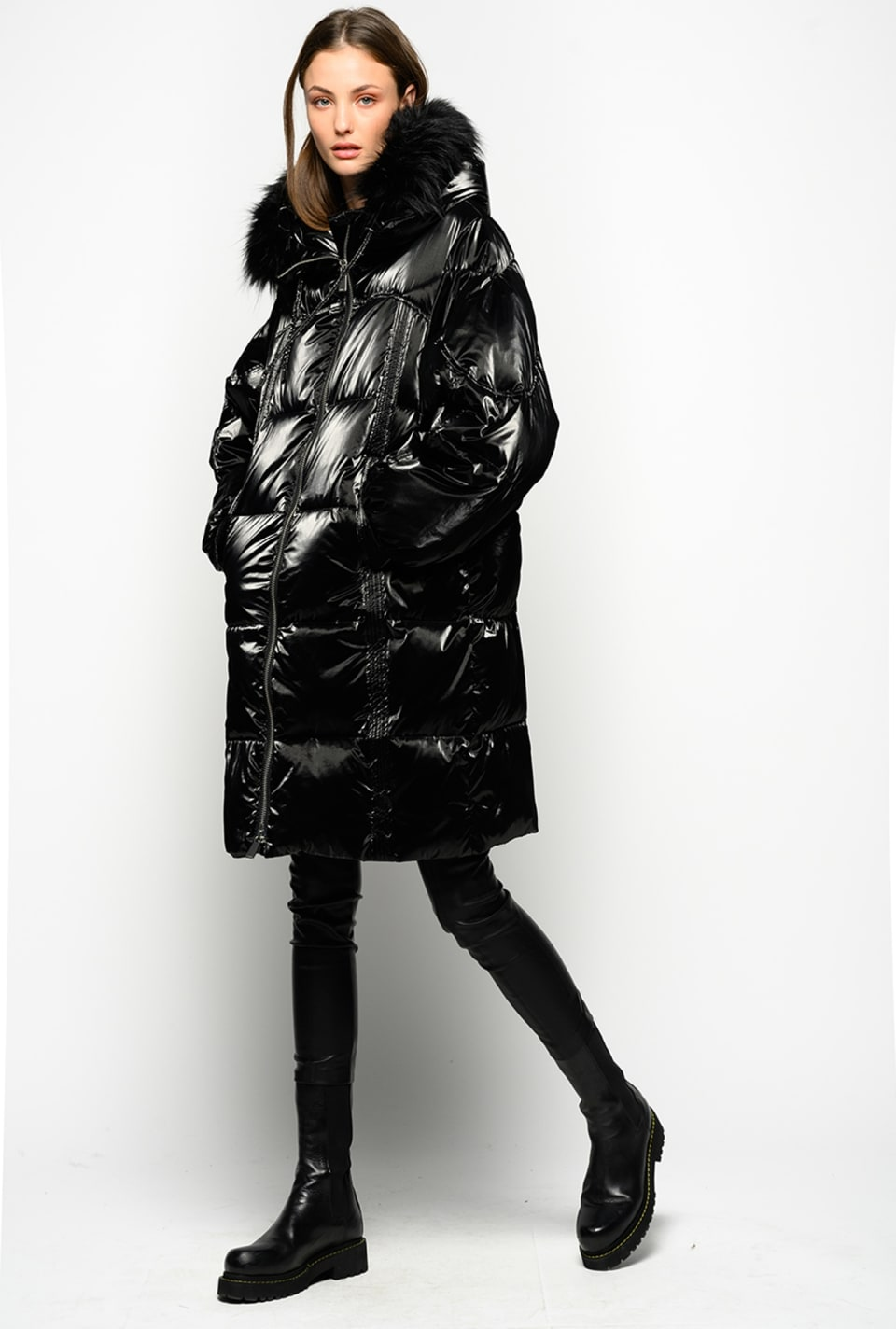Technical velvet quilted coat with faux fur - Pinko