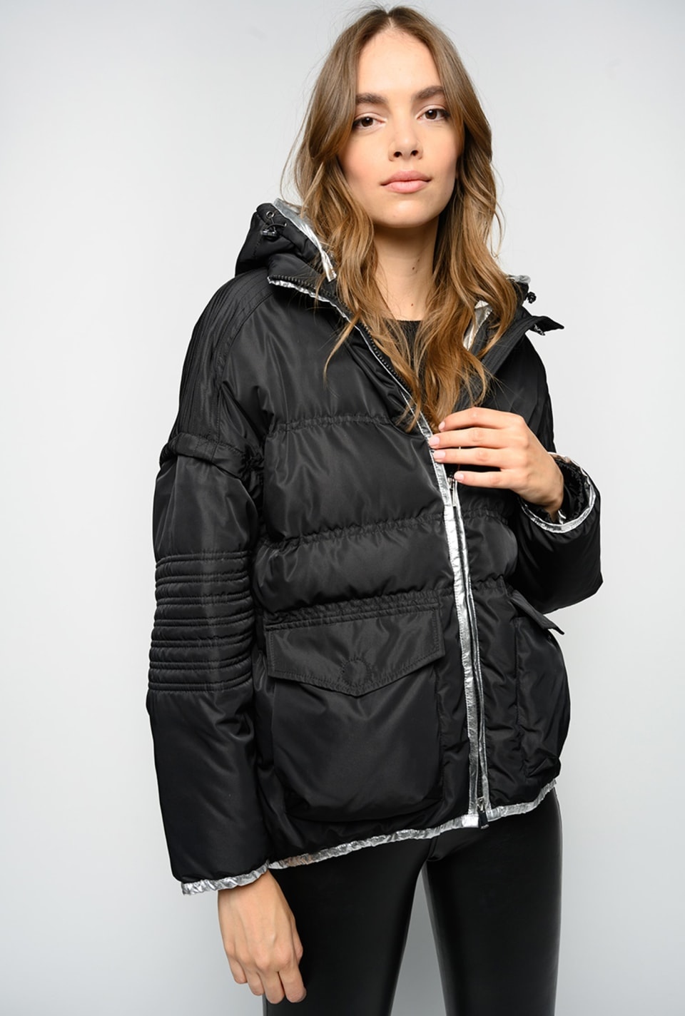 Quilted coat with detachable sleeves - Pinko