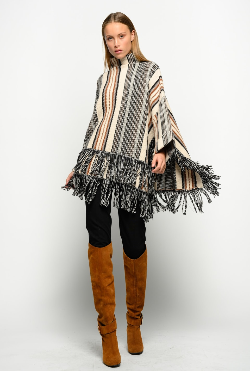 Cape with maxi fringe at the hem - Pinko