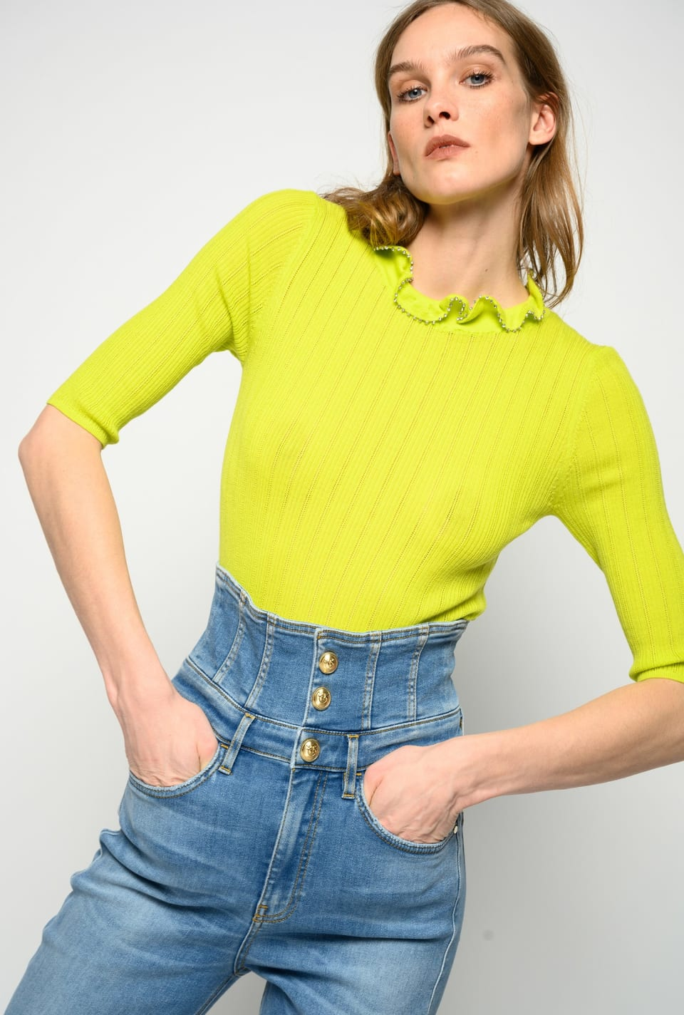 Pullover mit Rüschenkragen und Strass - Pinko